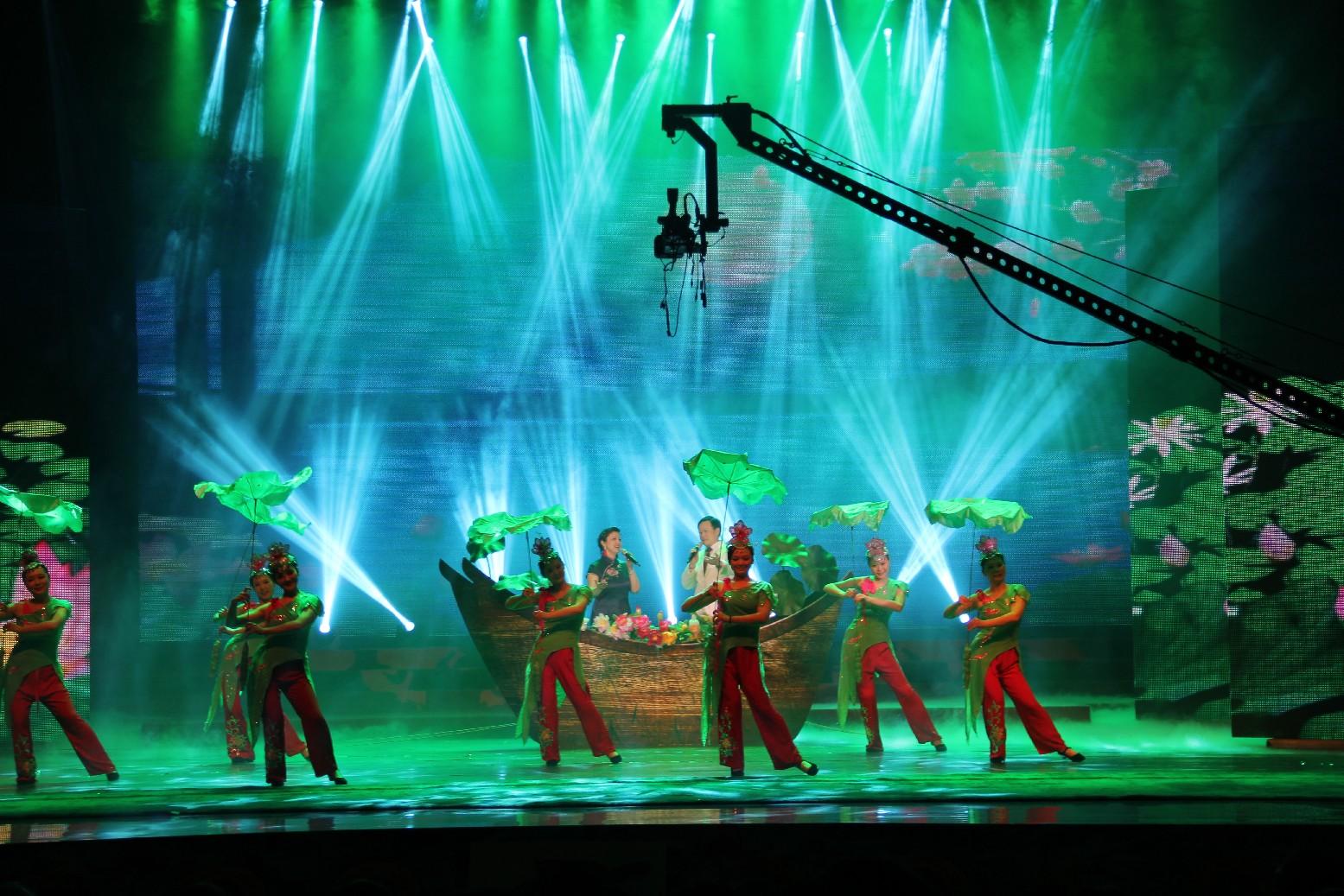 舞台灯光设备效果